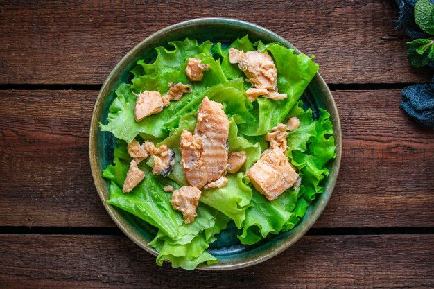 Receta de ensalada con espinacas y atun