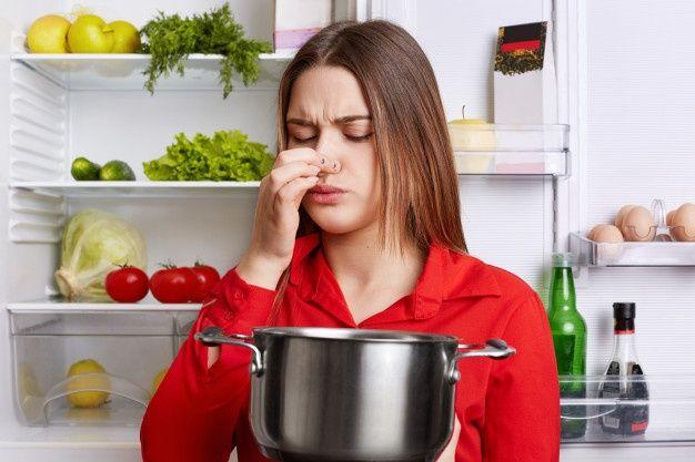 Evitar malos olores en la nevera